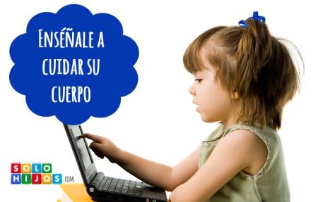 Ninyos-espalda-y-ordenador